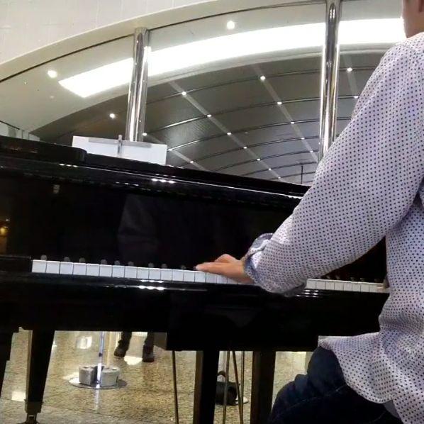 京都 駅 ピアノ